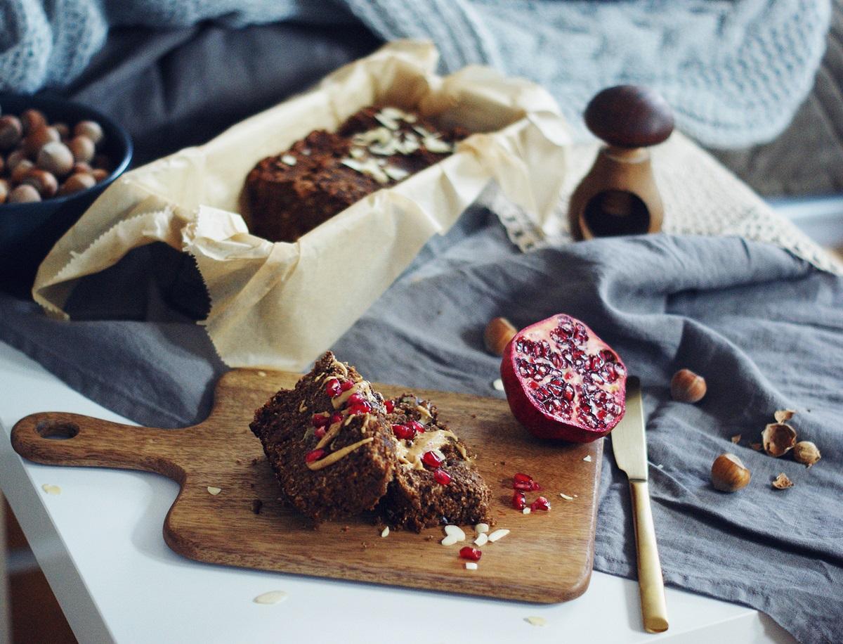 wegańskie ciasto z karobem przepis