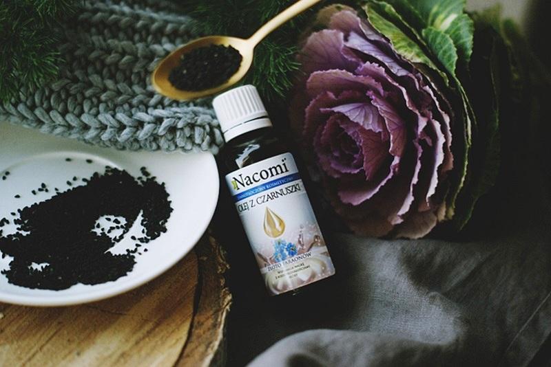 olej z czarnuszki na włosy